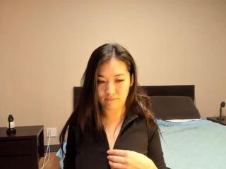Live Asian Akemi